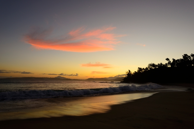 The sun sets on Libanona Beach in Fort Dauphin